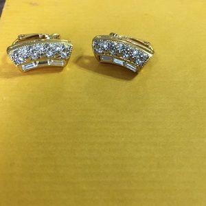 Earrings clip on signed Avon
